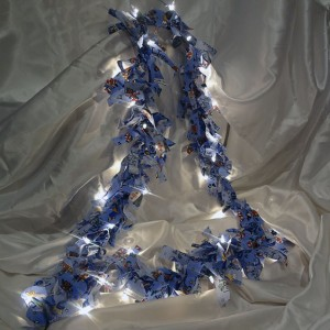 Blue-Christmas-Garland