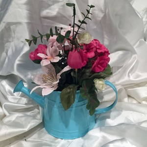 Blue-Tea-Pot-Floral-Arrangment